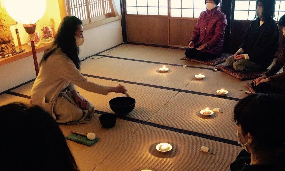 お寺で手捏ねキャンドル&シンギング・リン瞑想